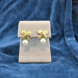 Jewelry - 14k gold and cultured pearl earrings